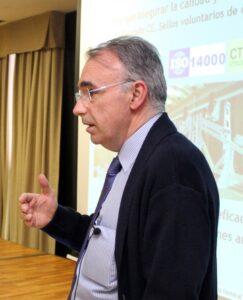 Dr. Juan Ignacio Fernández Golfín.